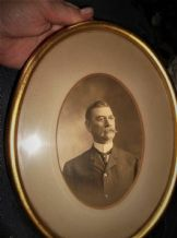ANTIQUE PHOTOGRAPH OF GENT WITH MOUSTACHE FRAMED 1903 S W CORNER NEW YORK DANA